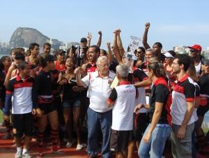 Flamengo festeja conquista da 3ª Regata