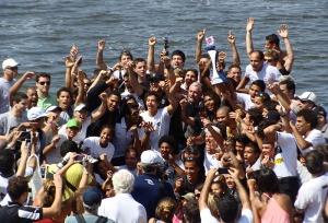 Alvinegros comemoram a conquista da 4ª Regata  (Foto: Remo em Voga)