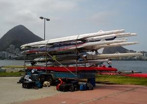 Barcos e bagagens começaram a chegar na segunda-feira (Foto: Remo em Voga)