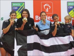 Four Skiff Feminino garantiu o título no Brasileiro (Foto: Eliane Geral/Facebook)