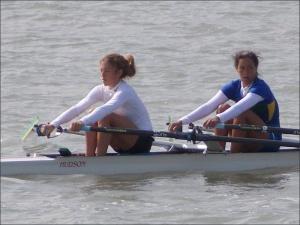 Sophia e Caroline: a caminho do Mundial (Foto: CBR/Divulgação)