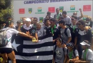 Alvinegrso comemoram mais um título Brasileiro (Foto: Eliane Geral/Facebook)