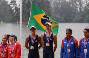 Fernanda e Vanessa: ouro e vaga na Rio 2016 (Foto: Marcello Varriale/Facebook)