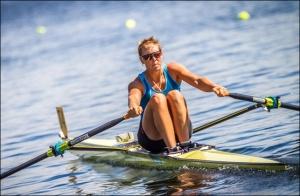 Emma Twigg busca vaga na Rio 2016 (Foto: Hamish Burson/FISA)